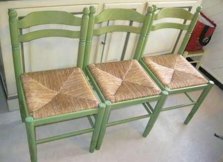 lot de 3 chaises menager vendre gratuitement. Black Bedroom Furniture Sets. Home Design Ideas