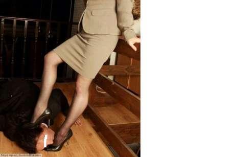 Photo ads/1538000/1538321/a1538321.png : Maitre ou maitresse cherche soumis ou soumise